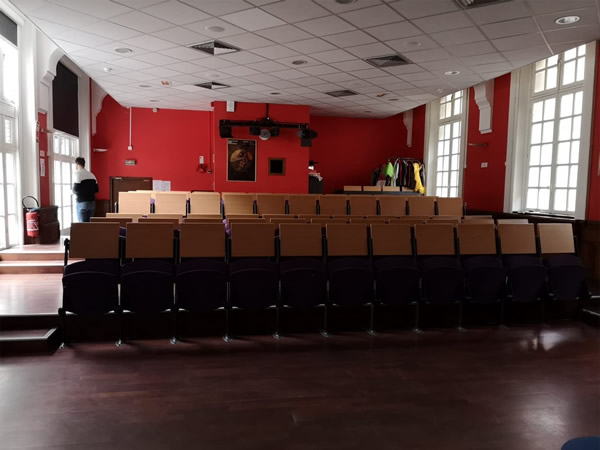 salle-de-spectacle-theatre